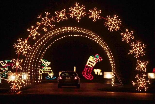 Jolly Holiday Lights Drive – Adventureland – Dec. 3 at 5:30 pm